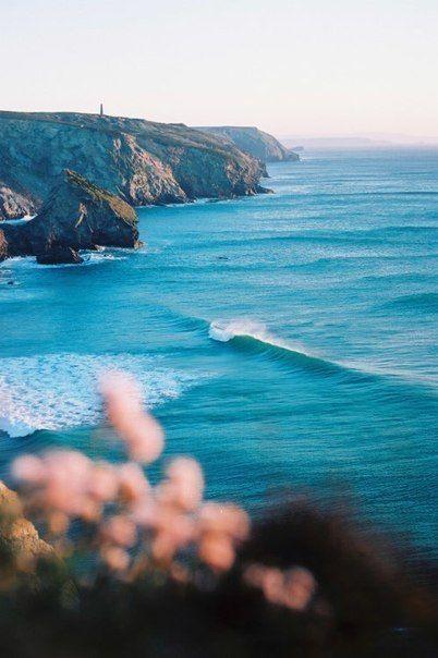 Sun, sea, surf at mawgan porth