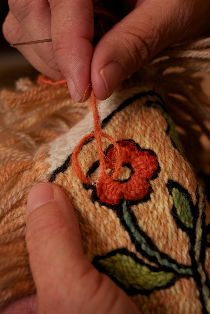 Colchas embroidery from HAND/EYE Magazine's 07/New Mexico issue    www.handeyemagazine.com/subscribe