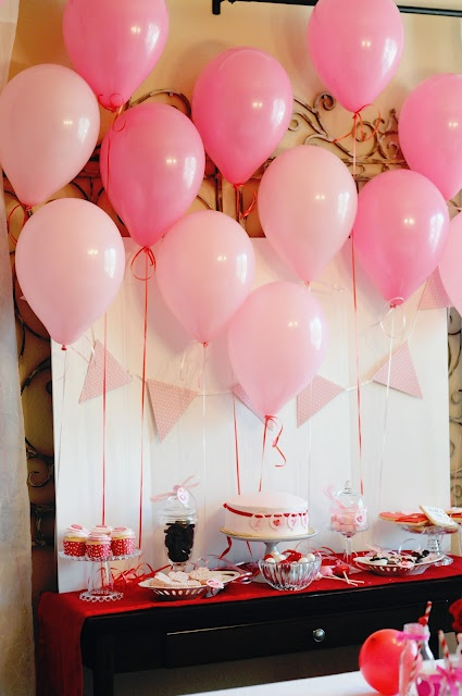 17 best images about valentine banquet on pinterest for Balloon decoration for valentines day