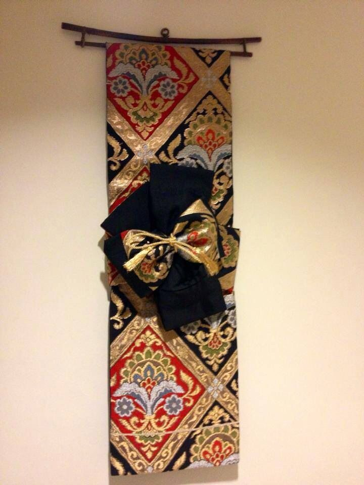 Japanese obi wall hanging enid randall japanese obi for Wall hanging painting designs