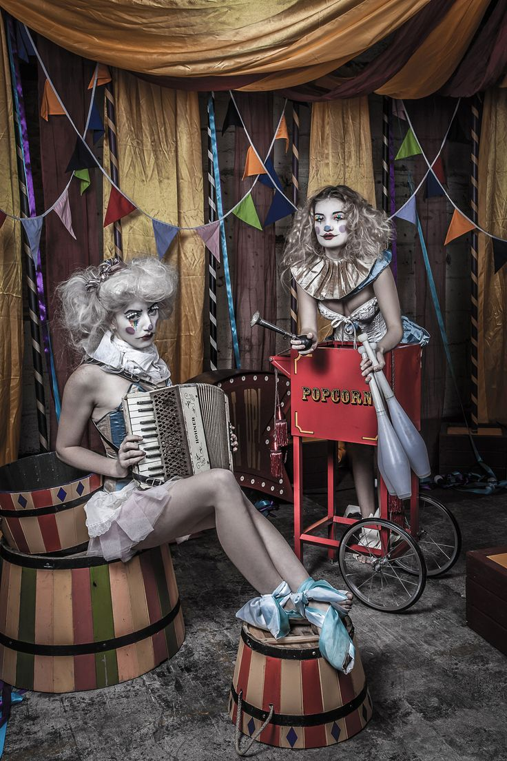 Alistair Campbell - A Very Vintage Circus 6