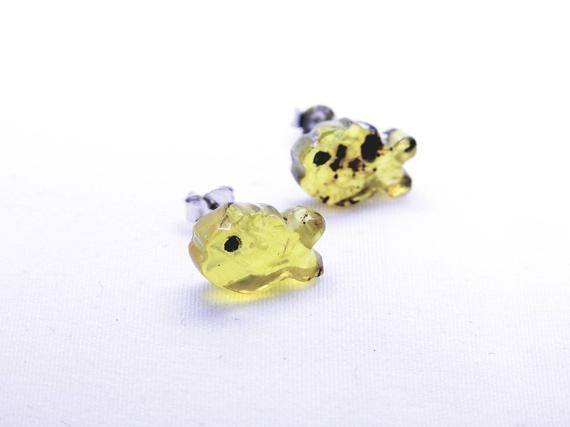 Mexican amber fish shape stud earrings  amber studs  natural amber cute earring  party gifts  healing stone earrings  bridesmaid gift