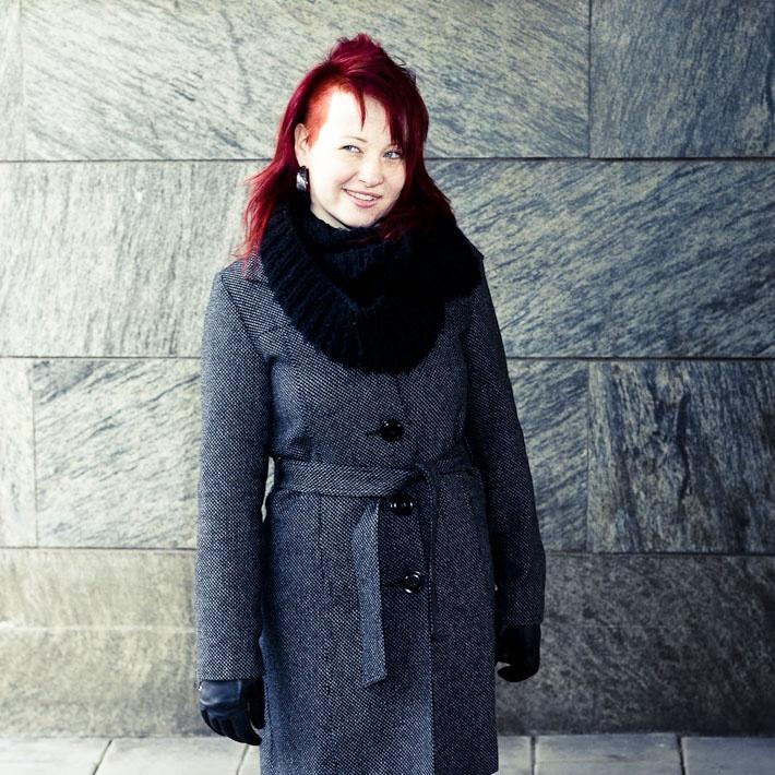 Sara @ http://johanfwahlberg.se/portratt/rod-dag/