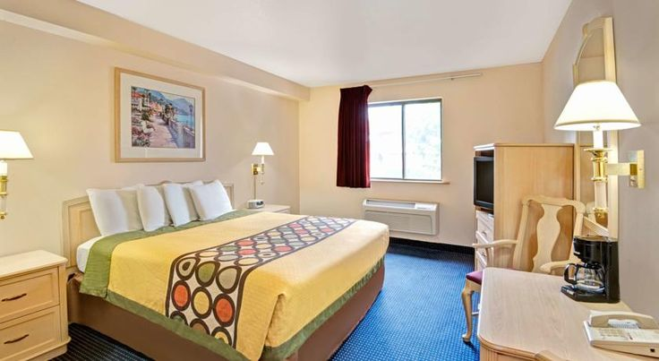 Super 8 West Albuquerque Only one block from I-40, for easy access to downtown Albuquerque, New Mexico attractions, this motel offers convenient services such as a free continental breakfast and free parking.  Super 8 West is a pet-friendly motel with comfortable guestrooms.