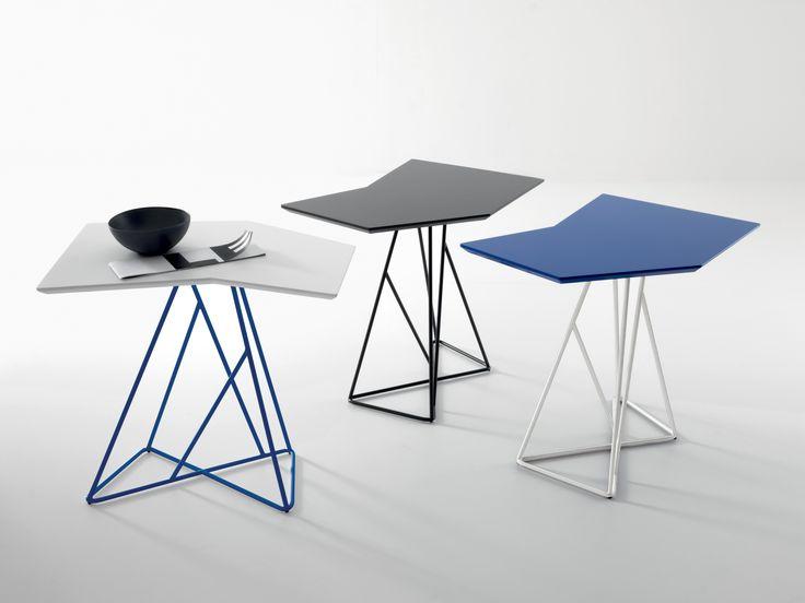Tavolino di design moderno con ripiano in mdf, base in metallo Texas. By Viadurini Collezione Living. [www.viadurini.it]