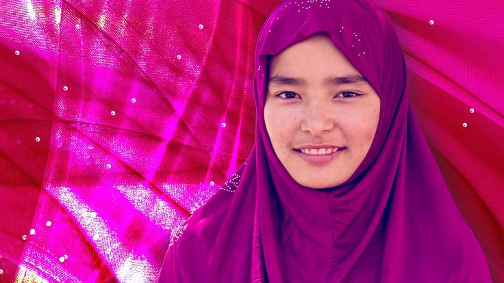 In the lead up to Australia Day this year there was a fair bit of controversy around a billboard featuring two young girls in hijabs. Recently it was World Hijab Day so we asked Rookie Reporter, Itrat to tell us what a hijab actually is and why she wears one.