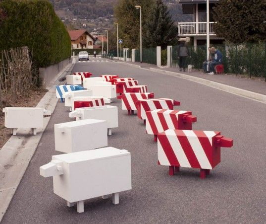 Traffic-calming sheep in Gland, Switzerland. Click image for full story and visit the slowottawa.ca boards >> http://www.pinterest.com/slowottawa/