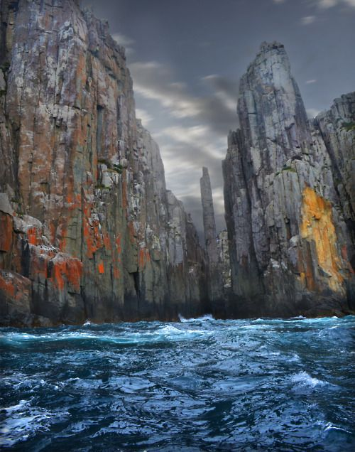 The Candlestick and the Totem Pole, famous rock spires of Cape Huay, Tasmania