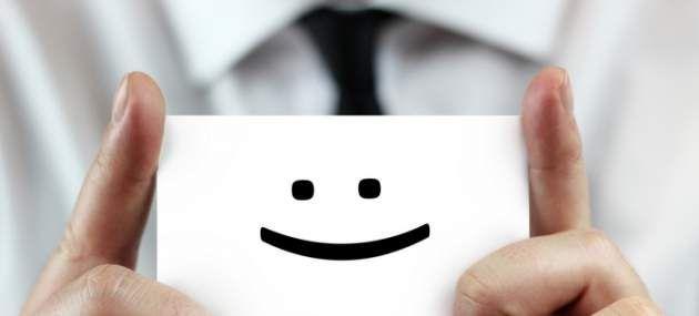 """Zapíšte si všetky dobré veci o každom, koho poznáte. Urobte si obrovský zoznam pozitív o sebe. Všade, kam idete, prejavujte ľuďom uznanie. Chváľte všetko, čo vidíte. Pre ľudí, ktorých stretávate, buďte slnečným lúčom, ktorý rozjasní ich deň. Za všetko hovorte """"ďakujem"""". Nech vaša chôdza, reč, vaše myšlienky, aj dych vyžarujú uznanie a vďačnosť. Keď to budete ustavične robiť, váš život sa zmení, odrážajúc váš vnútorný stav."""