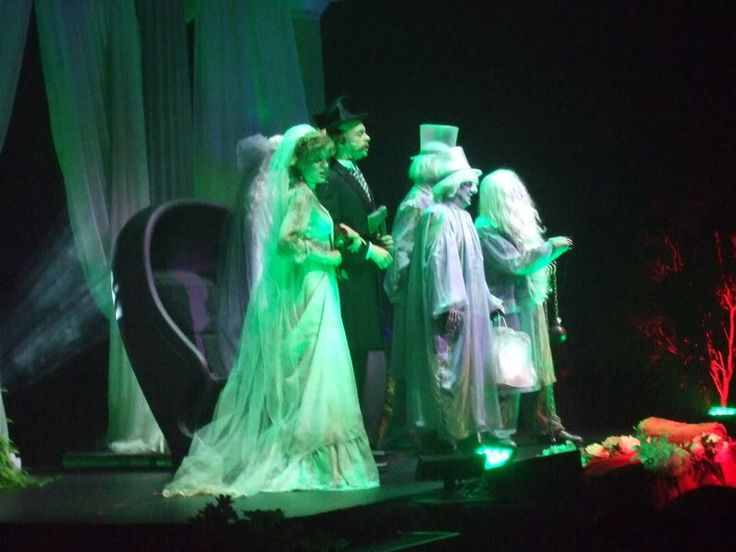 1000+ images about Haunted Mansion Costumes on Pinterest ...
