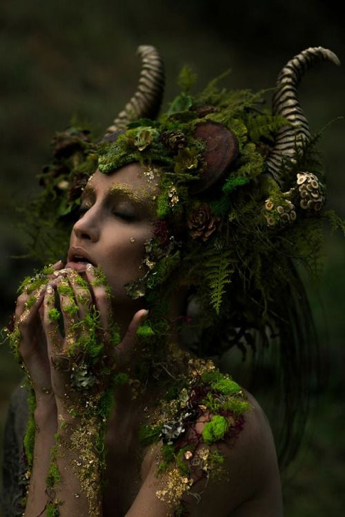 "missgdesigns: "" Photographer: Emily Nicole Teague Photography Model: Kelli Kickham Makeup: Mckenzie Gregg MUA Headdress: Miss G Designs Horns: Faust & Company Lighting Assistant: Christina Schellhous """