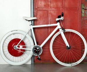 Copenhagen Hybrid Bike Wheel, Developed by a group of MIT students at the SENSEable City Lab