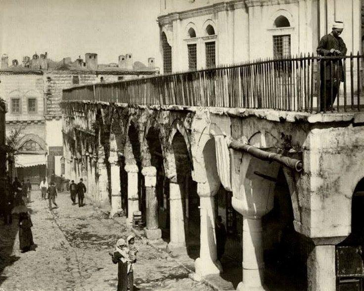 Nuruosmaniye Caddesi, 1900