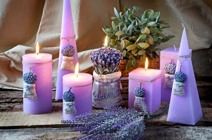 svíčka levandule