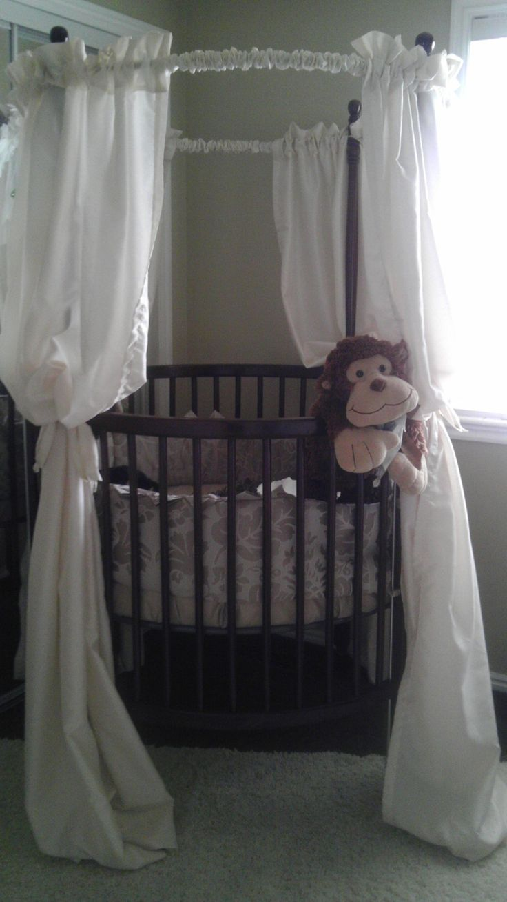 Ellery round crib for sale - Love Circle Cribs Ooh Something Different Painting Cribround