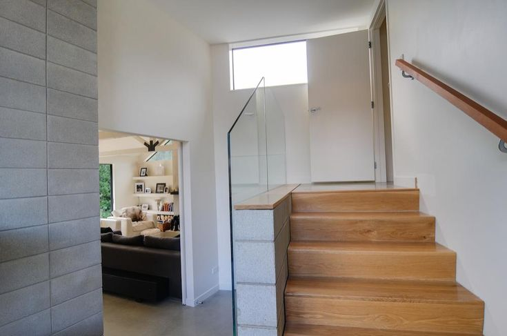 Arthur's Point House   NZ Homes   Build me.   www.buildme.co.nz   #Glass #Wood #Concrete #Stairs