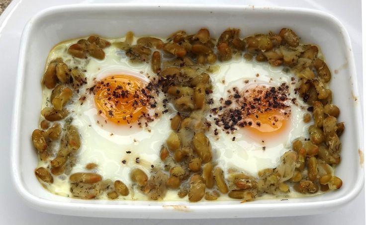 Une recette venue du nord de l'Iran : Flageolets aux œufs parfumés à l'aneth, un goût typique de cette région du monde et une recette facile à cuisiner