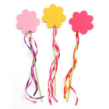 Felties Flower Wand with Streamers