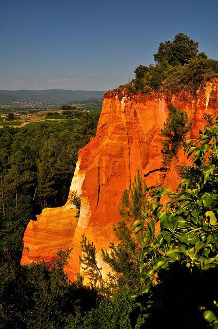 Roussillon, Provence - Sentier des Ocres, via Flickr.