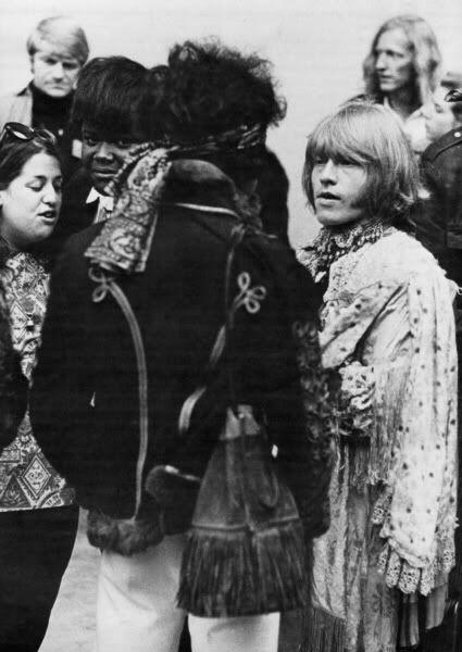 Jimi, Brian Jones, Buddy Miles and Cass Elliot at Monterey, 1967.