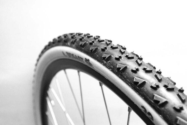 Mechanical Mondays: Gluing Tubular Cyclocross Tires