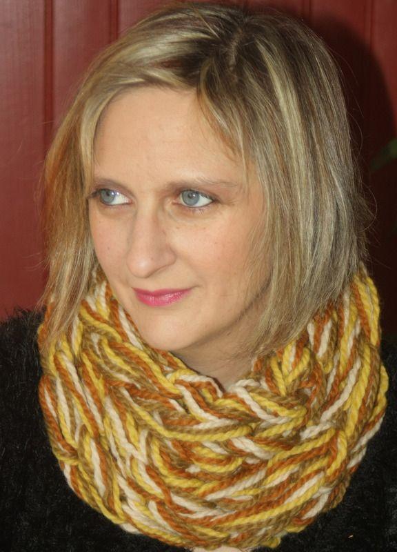 Snood 2 tours kaki, marron, moutarde, beige : Echarpe, foulard, cravate par magalie-tissot-creations