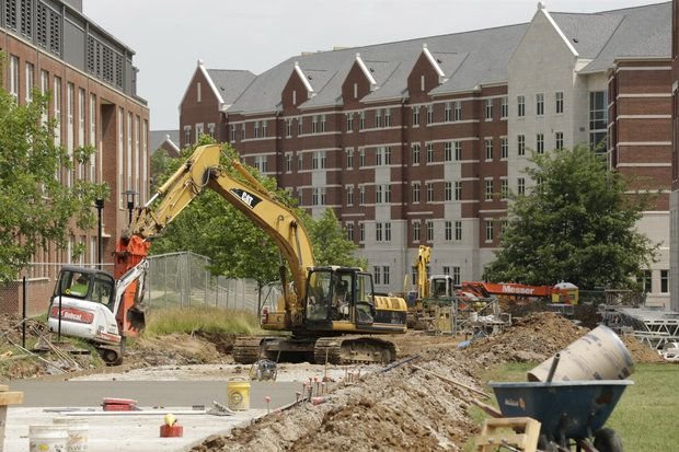 """""""University of Kentucky set to approve $74 million dorm project for upperclassmen"""" How will this change campus life with more upperclassmen and graduates on campus. Will these options have similar prices to the off campus apartments or to the current housing now? Also how are these dorms tailored to the upperclassmen?"""