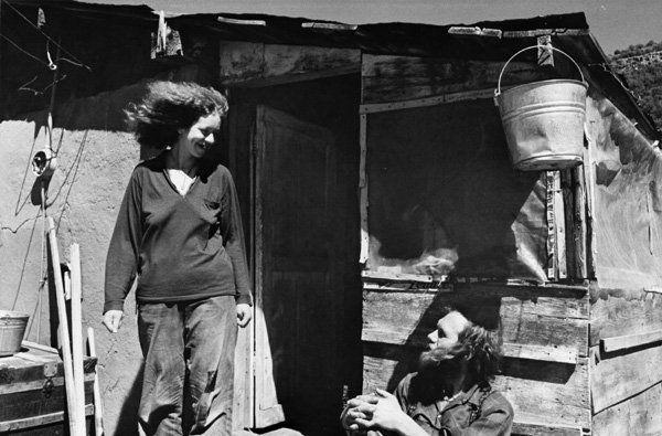 жизнь в хиппи комуне — абсолютно ничего