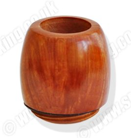 The deluxe Falcon Billiard Hunter bowls are hand turned from a higher-grade briar compared to the standard and classic bowls. Available in the eight original standard shapes, these highly polished bowls are lightly stained to show off their beautiful natural grain.   The bowl is the heart of a good pipe and only the finest Mediterranean briar and Turkish meerschaum is used for all Falcon Bowls. http://www.smoke-king.co.uk/acatalog/buy-falcon-hunter-pipe-bowls.html