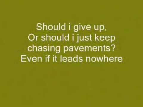 Adele - Chasing Pavements (Lyrics).Flv