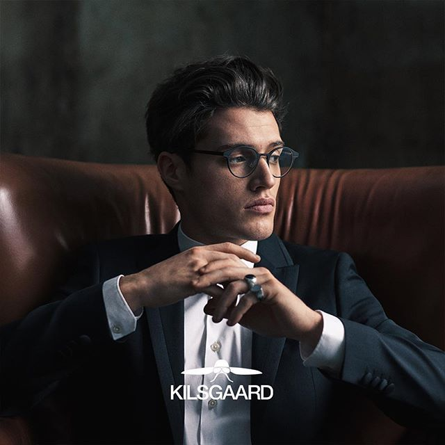 """Perhaps you have already heard about """"hygge"""", pronounced /ˈhjuːɡə/. It is an old Danish word that embraces different meanings. Nowadays we refer to it as togetherness and coziness. For the epitome of effortlessly cool and hygge, see the Montello, our lightweight aluminium frame. ⠀  #kilsgaardeyewear #madeinjapan #kilsgaard #eyewear #glasses  #opticalframes #design #designeyeweargroup #passion #elegance #style #aarhus #denmark #masvino_aarhus #hygge"""