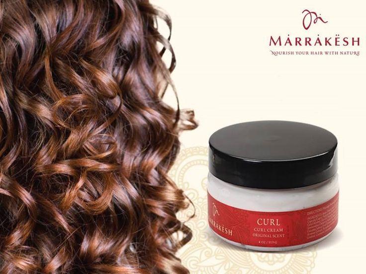 Bucură-te la maxim de frumuseţea buclelor tale, oferindu-le strălucire şi un aspect mătăsos şi îngrijit folosind Marrakesh Style Curl Cream. Formula sa uşoară, îmbogăţită cu ulei din seminţe de cânepă şi ulei de argan, hidratează şi fixează fără să încarce. Comand-o aici: https://www.pestisoruldeaur.com/marrakesh/Crema-pentru-definirea-buclelor-Marrakesh-Style-Curl-Cream-118-ml
