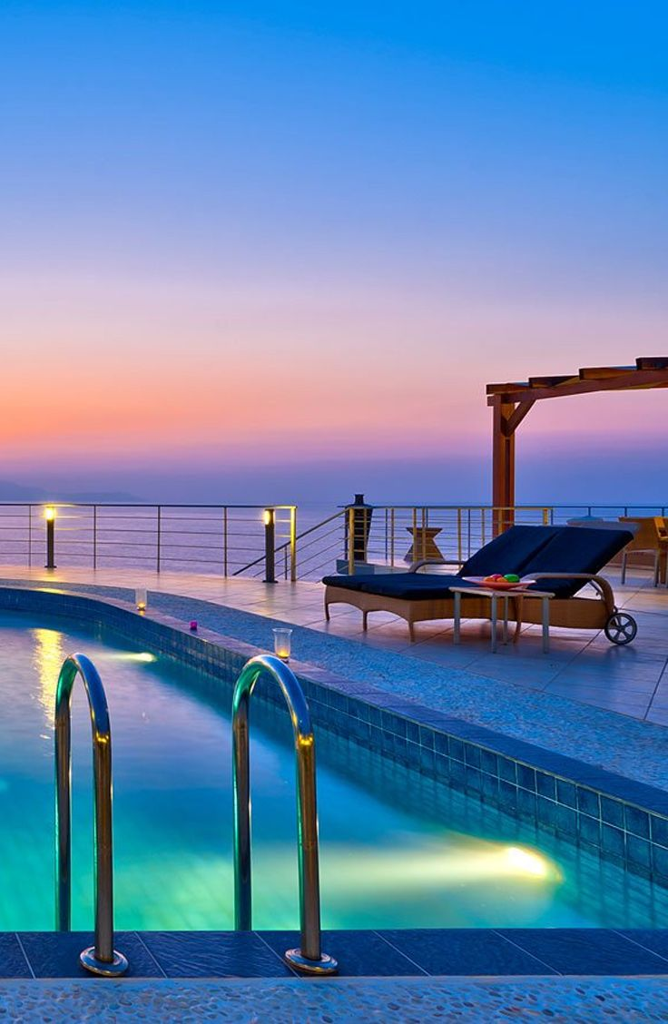 Enjoy the colours of the sky! Villa Tersanas in Tersanas, Chania. , Book a wonderful villa in beautiful Crete! TheHotel.gr