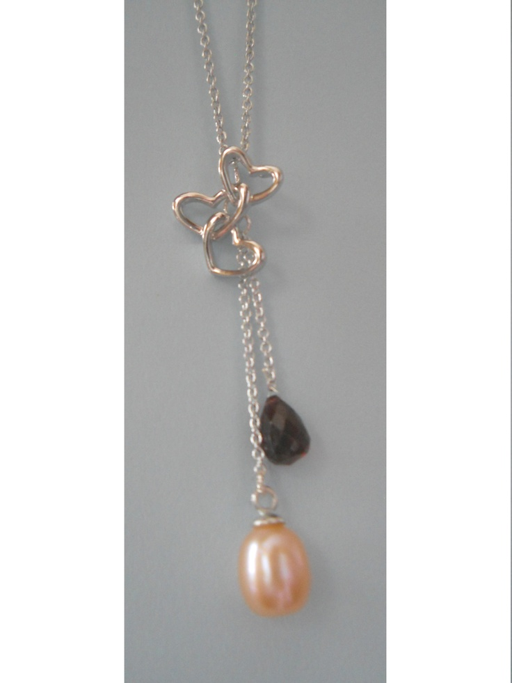 J1B 17 : Silver Heart,silver chain with Pink pearl and red Garnet.