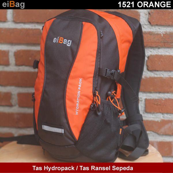 tas hydropack atau tas ransel sepeda produk EIBAG Bandung. Kode produk EIBAG 1521 ORANGE. Karena warna bahan yang digunakan adalah warna hitam variasi kuning.  Spesifikasi Produk  Dimensi :      44 cm x 24 cm x 16 cm  Kapasitas :      water bladder maksimal 2 L     pakaian / bekal manakan, tools, HP, dan lain-lain     helm  NOTE :      Pada paket penjualannya sudah termasuk free cover bag
