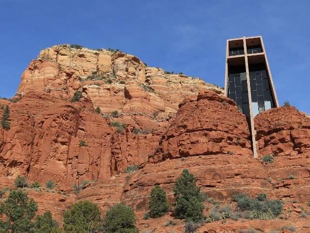 Chapel in the rocks!