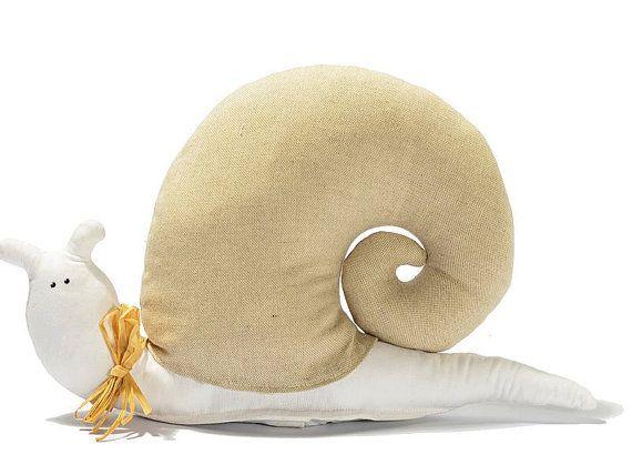 Lumaca Fermaporta in lino e cotone / Snail doorstop di EffeCremona
