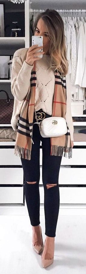 #winter #outfits  Burberry fringed scarf