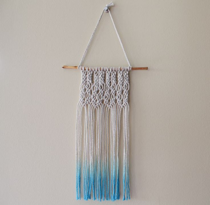 i think i like this one about the best for it's simplicity and not so much string....I decided we should all make the same design because otherwise it would be super confusing. and we could have a couple different colors of dye so that they could be different in that sense.