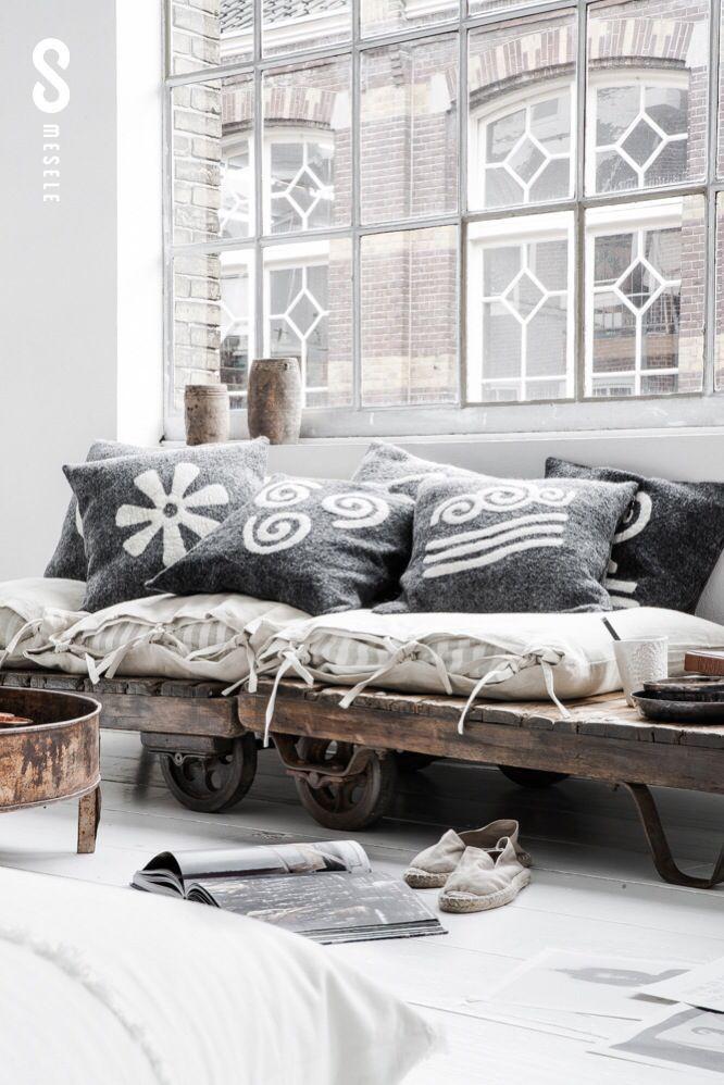Paulina arcklin photoshoot for mesele - Sofas de descanso ...