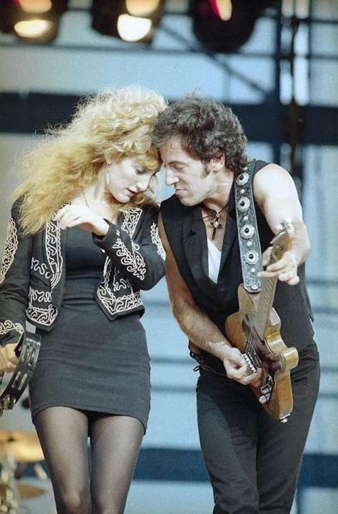 Patty Scialfa & Bruce Springsteen - 1988 | via if it's magic ~ Cityhaüs Design