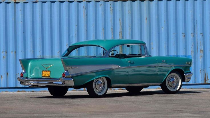 1957 Chevrolet Bel Air Hardtop - 3