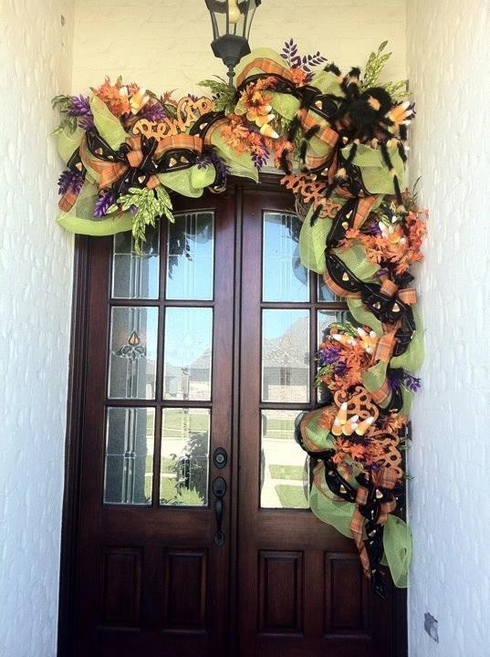 Best 25+ Door swag ideas on Pinterest | Cottage christmas ...