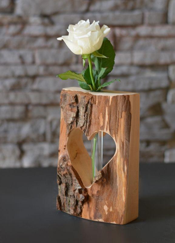 Herzvase-Dualis, Holzdeko mit Glasröhrchen – Ron Bardenhagen