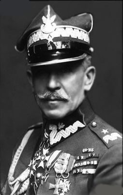 Mariusz Zaruski (1867–1941) was a Brigadier-General in the Polish Army, a yachting pioneer, an outstanding climber. He was a photographer, painter, poet and writer, a seamen and traveler, a conspirator, legionnaire and lancer in the Polish cavalry and an adjutant of the Polish President. During his active life, he was a also a devoted social activist, sportsman and teacher.