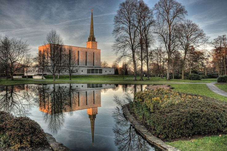 Click to enlarge this image of the London England Mormon Temple