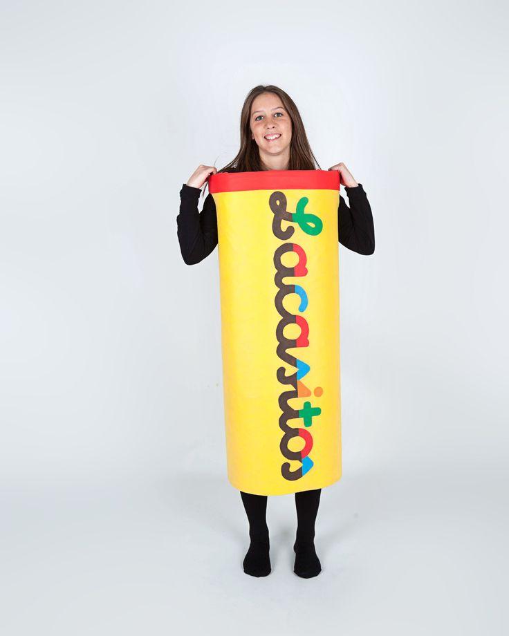 El tubo de #Lacasitos no podía faltar en la creación de este #disfraz, porque si no, ¿dónde los metemos?