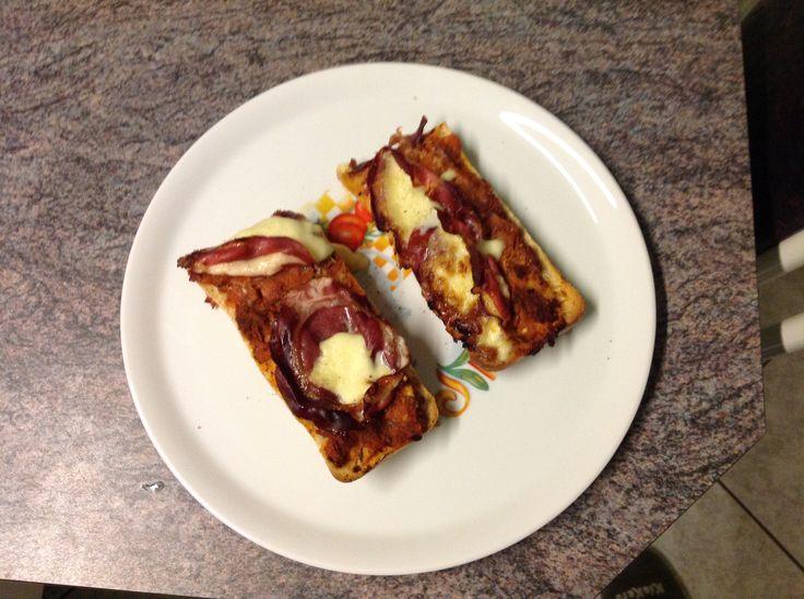 27 november 2017 - Pizza baguette - Jeroen Meus - 8/10 - lekker en simpel