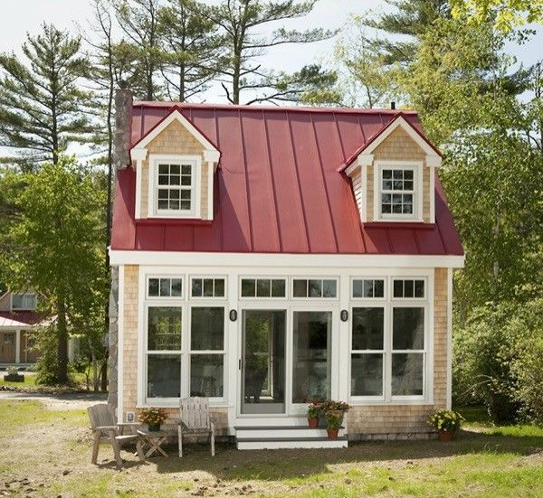 Charming Tiny Bungalow by Creative Cottages