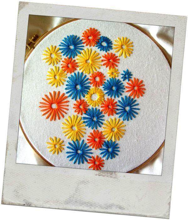 Flores bordadas: Pillow, Quilt, Pattern, Inspiración Bordados, Flores Bordadas, Bordada Flora, Fabric, Rosa-Shocked Flora, Flower